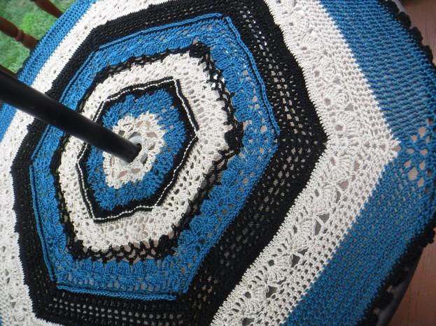 crochet patio table cover 2