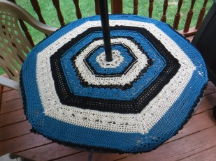 crochet patio table cover 3